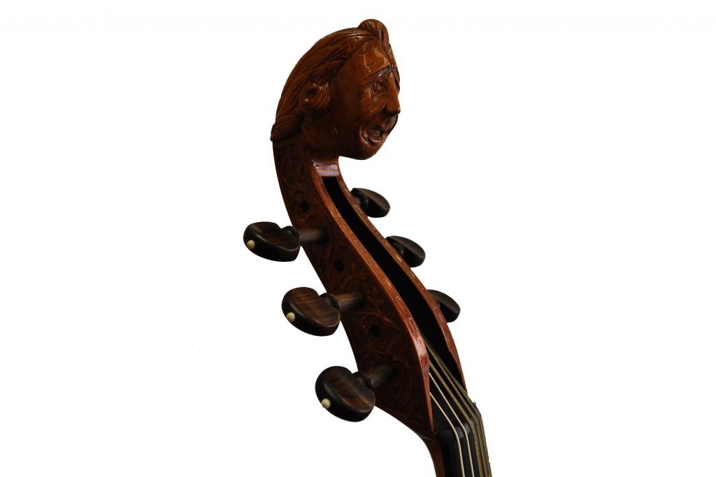 Baßgambe (6) nach Henry Jaye (verkauft)Jaye-Bassgambe-Kopf-schräg