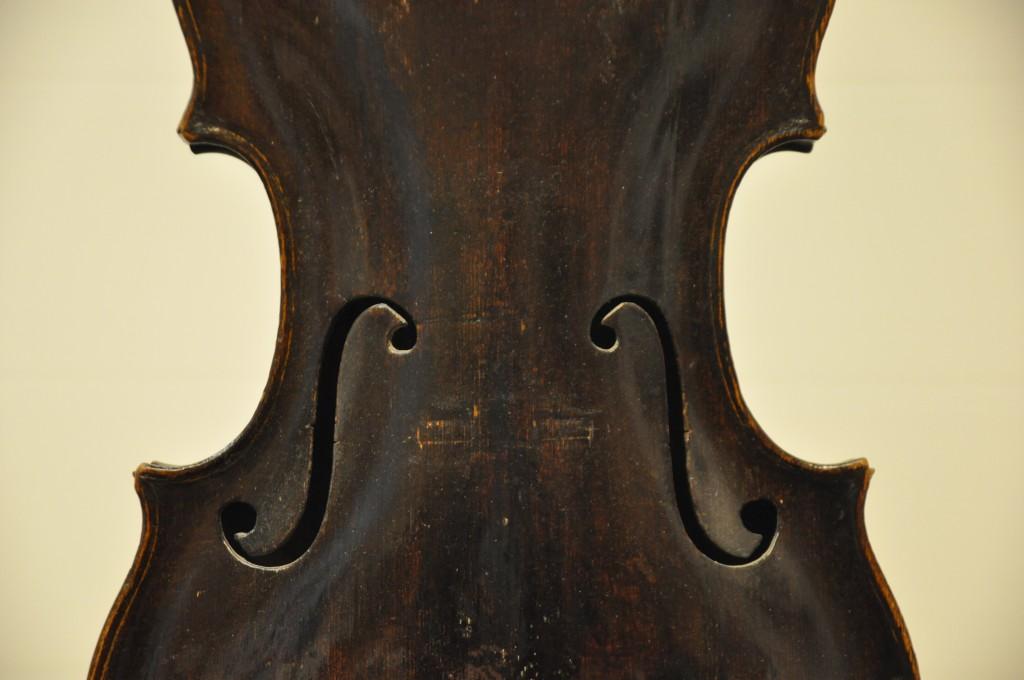 barockvioline-johann-gottfried-hamm-1748-schalloecher