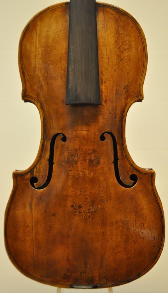violine-fuessen-decke
