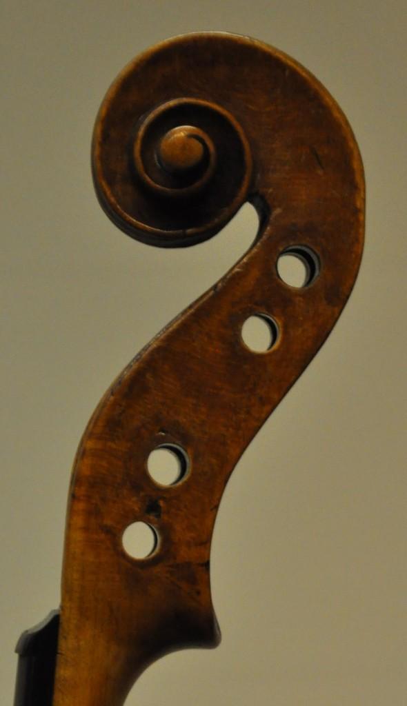 violine-fuessen-schnecke-diskant