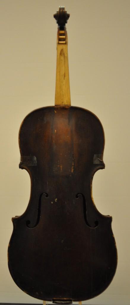 wenzel-horn-front